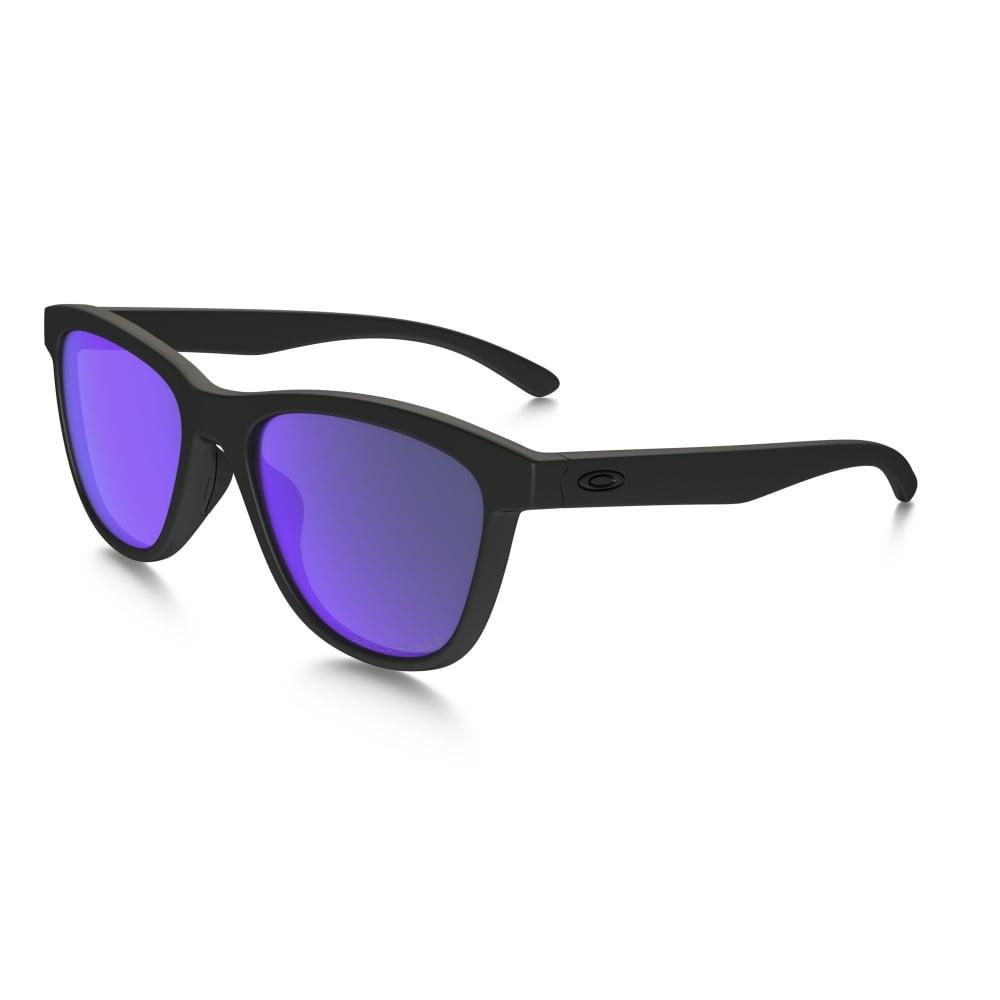 74a1edf929 Polarized Oakley Moonlighter Sunglasses Matte Black OO9320-09