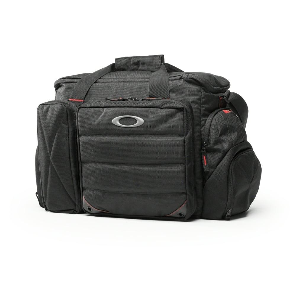 oakley breach range bag 92801. Black Bedroom Furniture Sets. Home Design Ideas