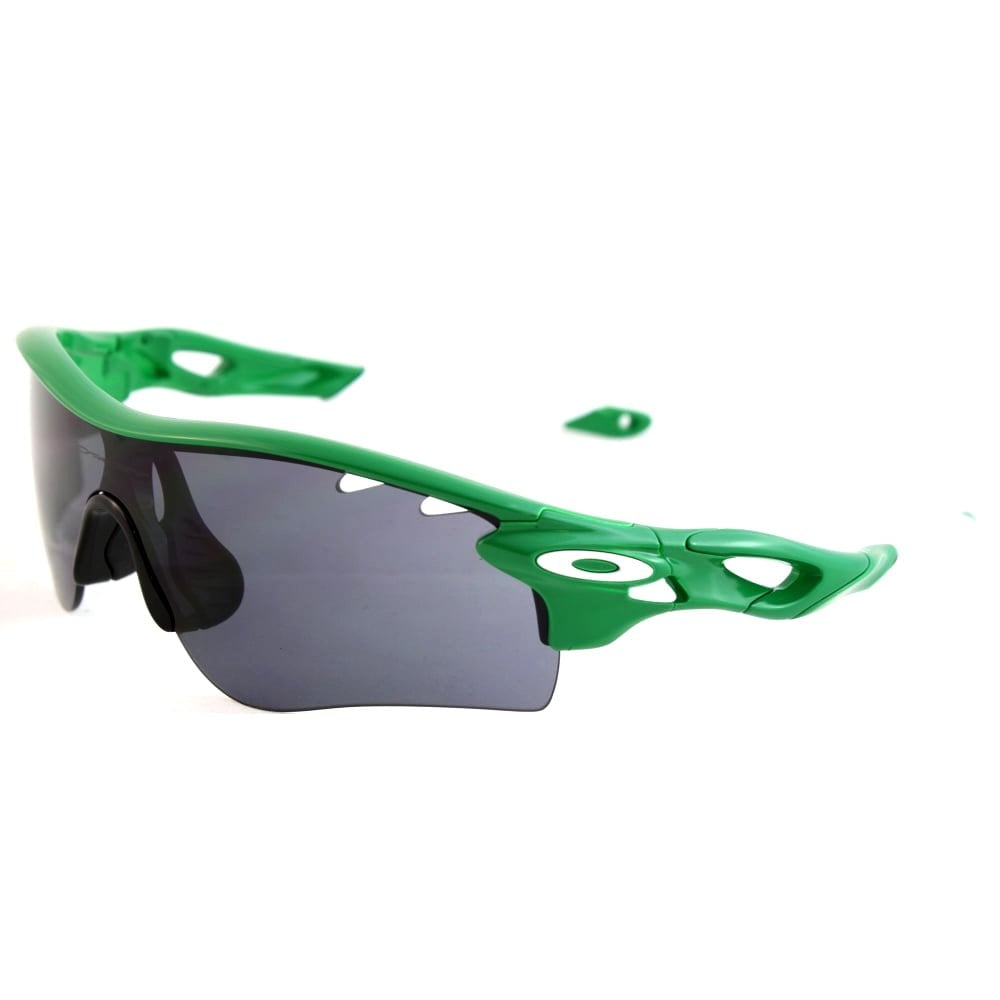 0c6e2a26cee4 Oakley Radarlock Path Sunglasses Team Bright Green OO9181-6738