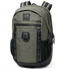 VOYAGE 22L BACKPACK