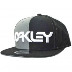 5 PANEL OAKLEY B1B HAT
